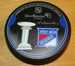 2015 NHL Hockey Souvenir Puck Presidents Trophy Winner New Y